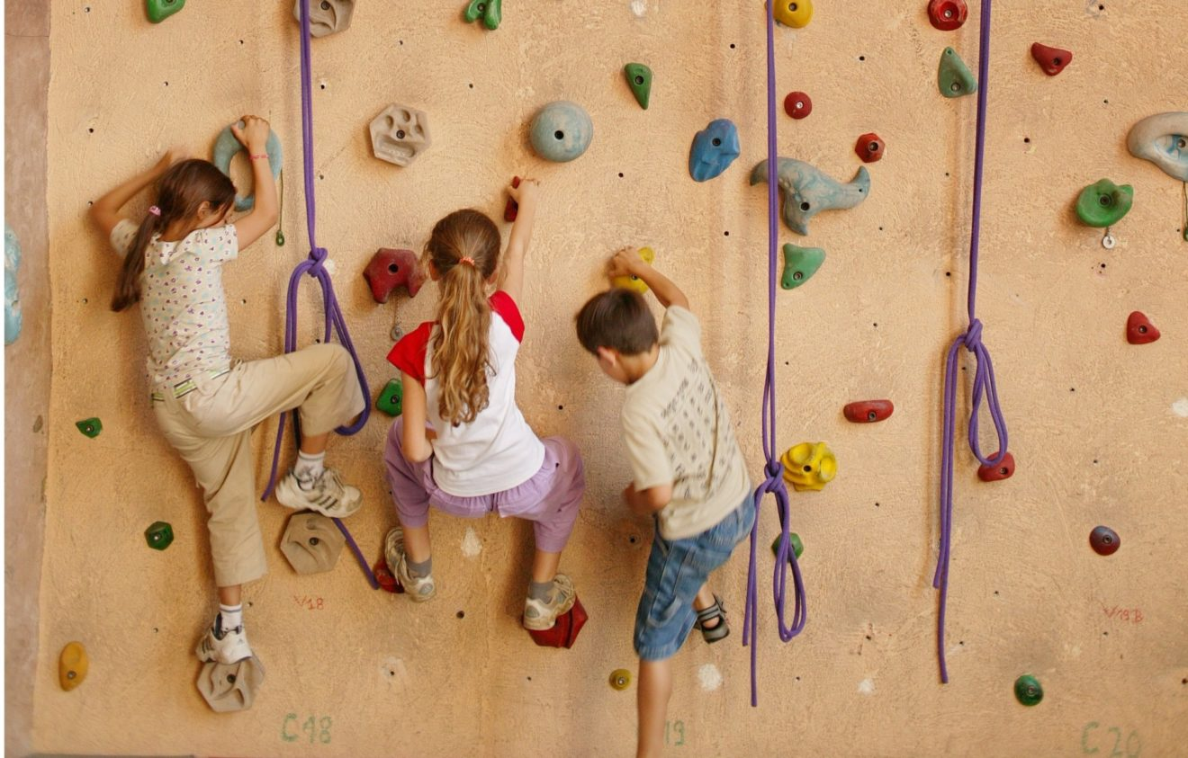 Mur d'escalade Barbey – La grimpe pour tous