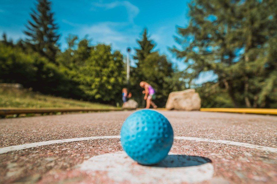 miniature-golf-4383898_960_720
